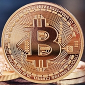 Kryptoměny Bitcoin, Ethereum: virtuální, ale tvrdé peníze?