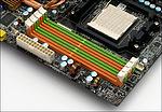 MSI K9A2 Platinum – paměťové sloty